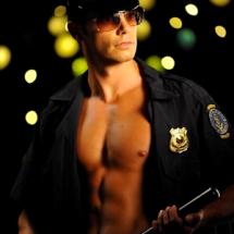 """ALT=""""politie stripper"""""""