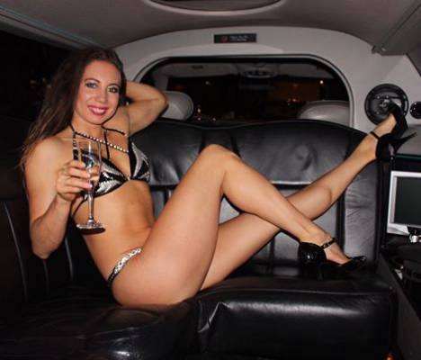 Limousine striptease in Antwerpen